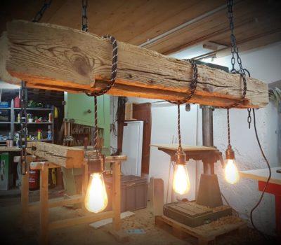 Möbel und Leuchten
